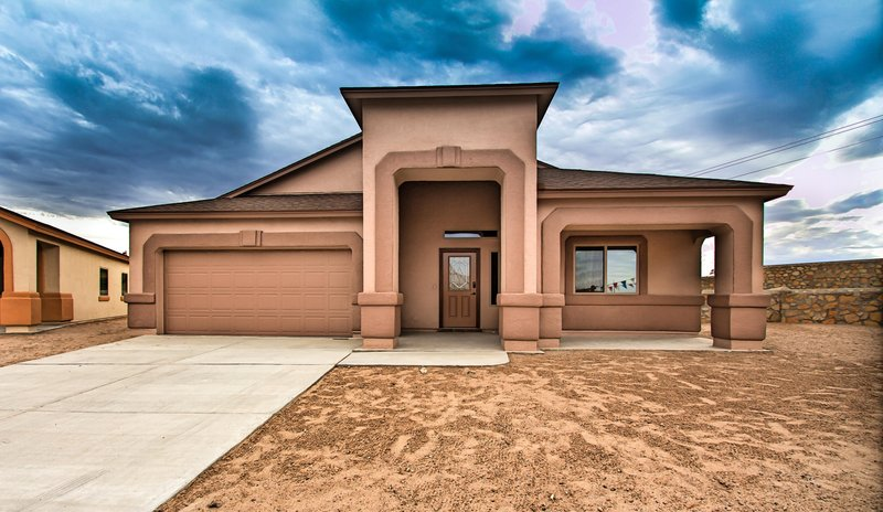 Plan r2033 classic american homes builders in el paso for Classic american el paso